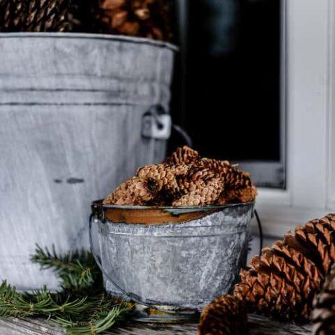 DIY Distressed Galvanized Buckets