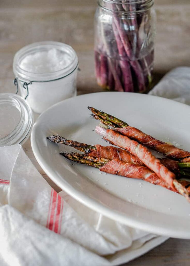Easy Paleo Side Dish: Bacon Wrapped Asparagus