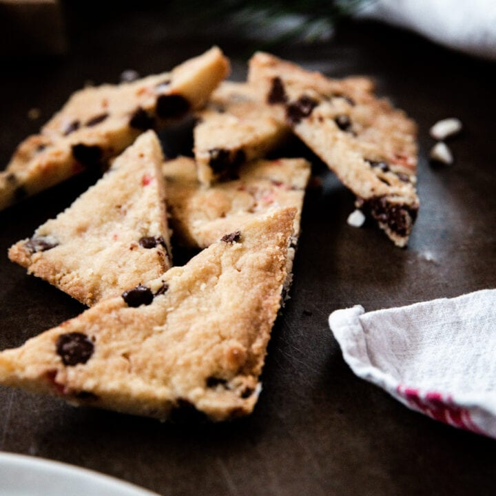 Best Christmas Desserts: Chocolate Peppermint Shortbread