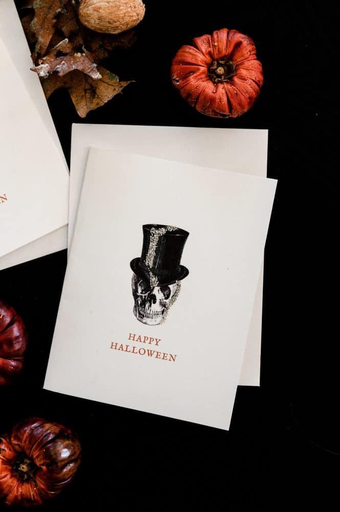 Halloween greeting card o black backdrop